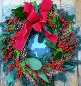 Festive door wreaths and Mantle  – Fully Booked!